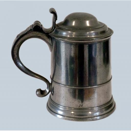 Scarce Ale quart dome lid pewter tankard by Richard King, London 1714-57