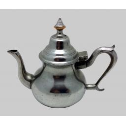 P1869 Bush teapot.jpg