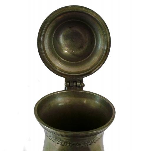 Coffee pot 3829 under lid.jpg